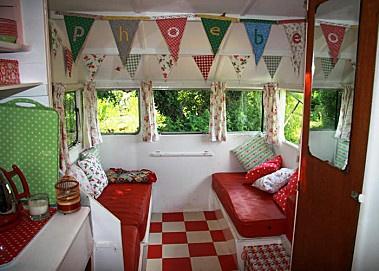 les 17 meilleures images propos de caravane int rieur sur pinterest discover best ideas. Black Bedroom Furniture Sets. Home Design Ideas