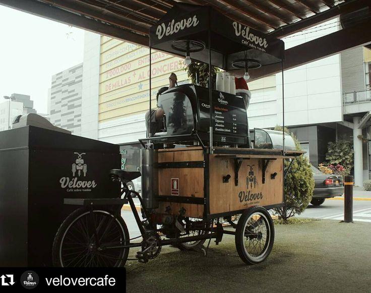 Última semana en el @jockeyplaza Pensar en cómo llegamos y todo lo que se vino después es increíble! #Repost @velovercafe Así de rápido cumplimos un año en la Alameda del Jockey. Estamos muy felices y con ganas de seguir sirviendo el mejor café peruano sobre ruedas posible. Si aún no nos visitas Date un salto! #peruviancoffee #cafeperuano #cafesobreruedas #freshcoffee #coffeeroasted #specialtycoffee #barista #baristalife #coffeelover #coffeeadict #coffeemoment #coffeelife #instacoffee…