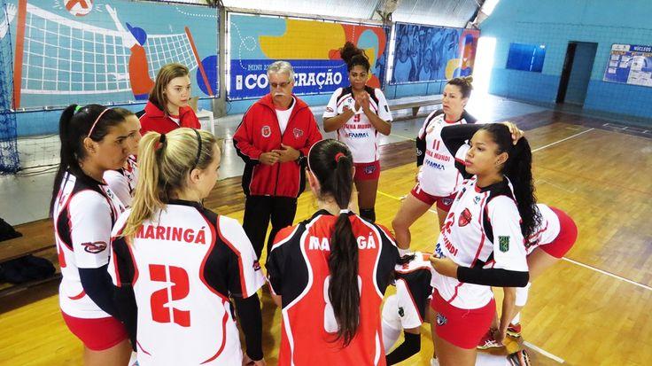 Maringá/Famma/Amavolei ratifica a liderança do Campeonato Paranaense  A equipe do Maringá/Famma/Amavolei confirmou a boa fase na sétima etapa do Campeonato Paranaense de Vôlei feminino, disputada no último fim de semana, em Curitiba. Depois da vitória apertada, de três sets a dois no sábado (12/09), no domingo (13) a equipe não deixou qualquer dúvida sobre a melhor qualidade técnica, e venceu pela segunda vez a Unibrasil/Curitiba, por três sets a zero, Foto: FPV. + www.radiomaringa.com.br