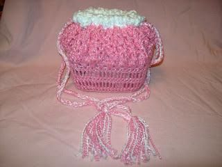Crochet Pattern Doll Bassinet Purse : 1000+ images about CROCHET DOLL CRADLES on Pinterest