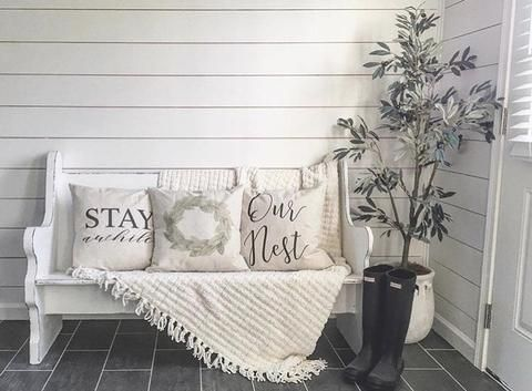 Entryway-Antlers-Welcome-Sign-Hymns-And-Verses