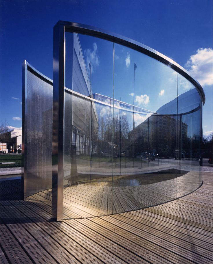 dan-graham-pavillon-heizkraftwerk-berlin-mitte.jpg 966×1,200 pixels
