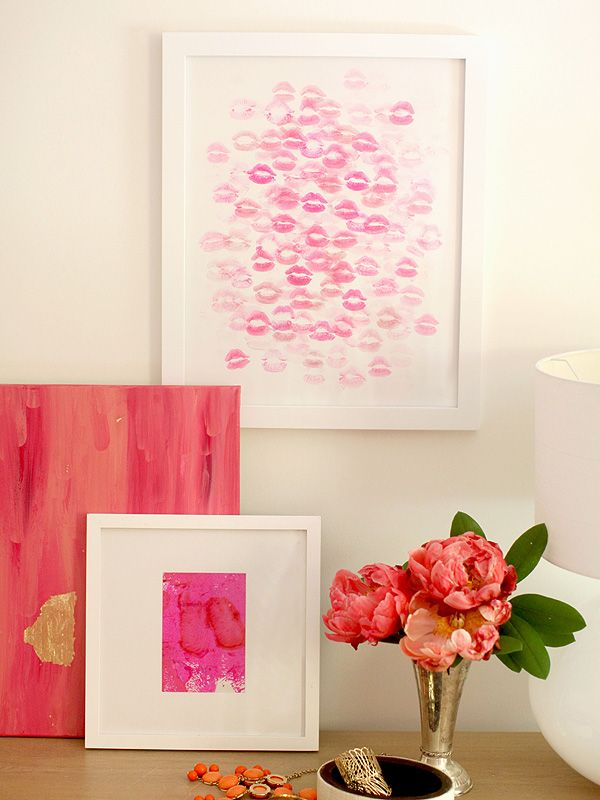 Kiss Artwork Style Me PrettyBachelorette Parties, Diy Wall Art, Artworks Style, Lipsticks Art, People Magazines, Diy Lipsticks, Kisses Artworks, Boyfriends Gift, Boyfriend Gift Ideas