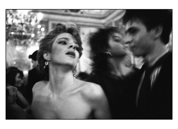 Palermo, 1985, festa di capodanno a Villa Airoldi © Letizia Battaglia