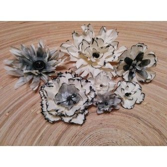 handmade paperflowers / Sugallatok
