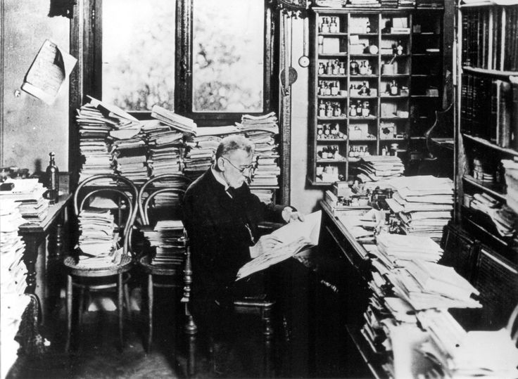 #DrPaulEhrlich German Bacteriologist 1854-1915