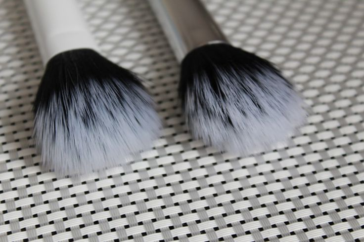 MAKEUP ARENA: Real Techniques Nic's Picks set kistova