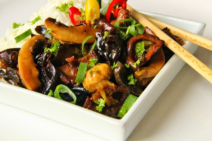 V kuchyni vždy otevřeno ...: Pikantní houby po asijsku..........https://inkitchenopen.blogspot.cz/2014/04/pikantni-houby-po-asijsku.
