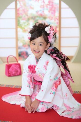 Kimono little girl. #japan #kimono