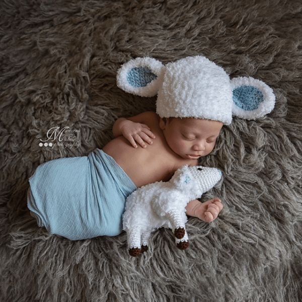Free newborn fuzzy lamb hat with matching plush toy photo prop crochet pattern by amkcrochet