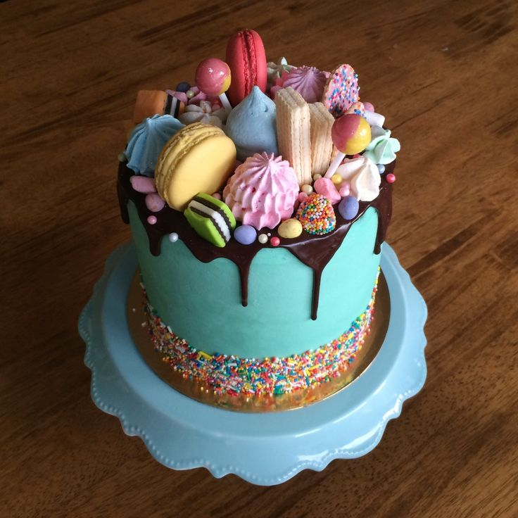 Chocolate Drizzle Cake With Edible Flowers