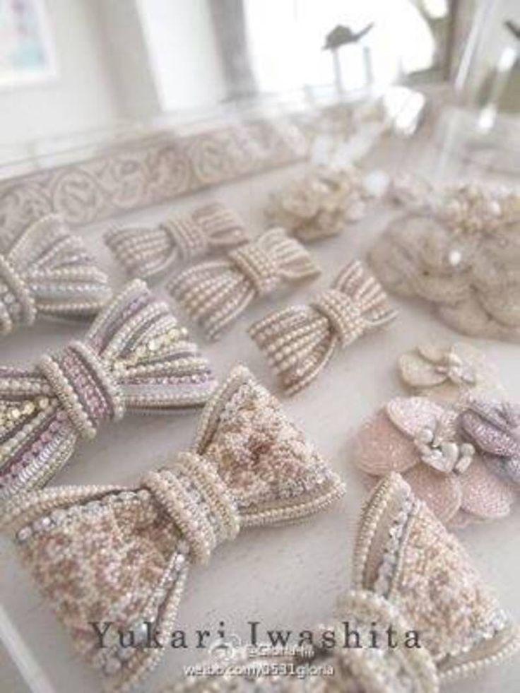 ミヽ◕‿◕ノ彡 Laço Boradado com Pérola - / ミヽ◕‿◕ノ彡 Bow Embroidery with Pearl -
