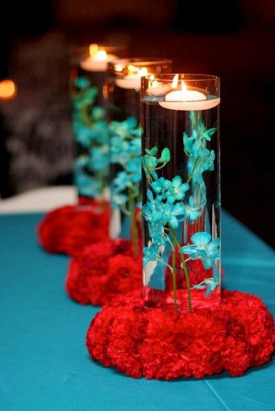 Simple colourful centerpiece wedding red teal aqua