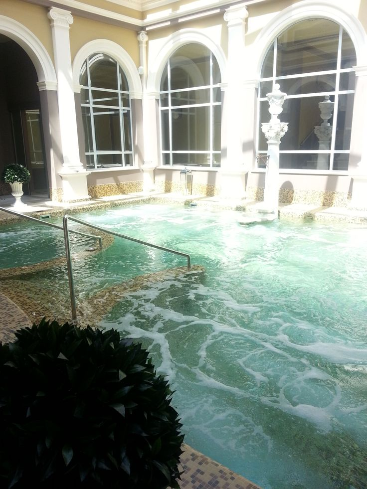 Le calde acque della Sala del Pozzetto Bagni di Pisa