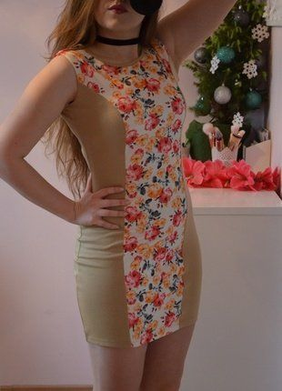 Kup mój przedmiot na #vintedpl http://www.vinted.pl/damska-odziez/krotkie-sukienki/16646657-sukienka-z-pasem-w-kwiaty