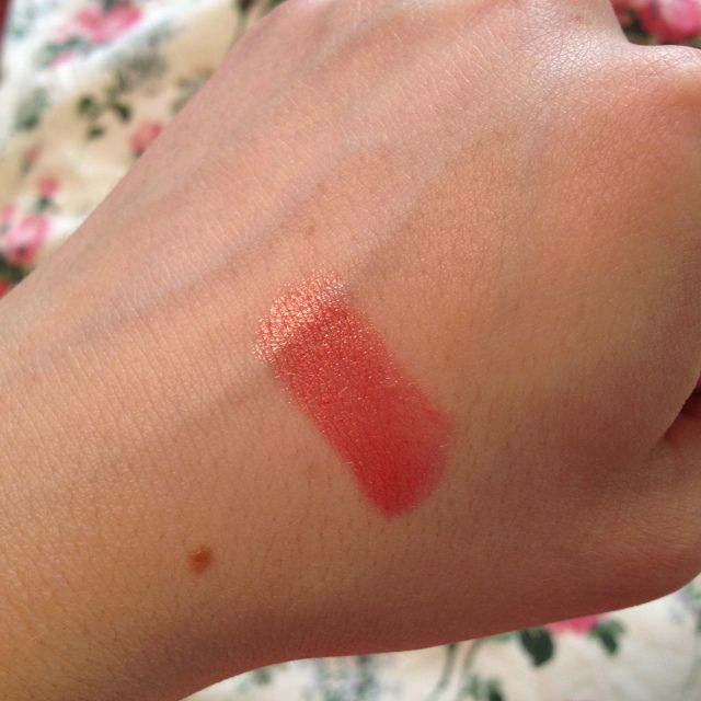 Dramatically Different Lipstick by Clinique #6