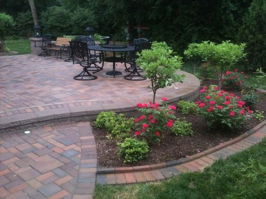 Landscaping idea around patio backyard ideas patio for Backyard flower bed ideas