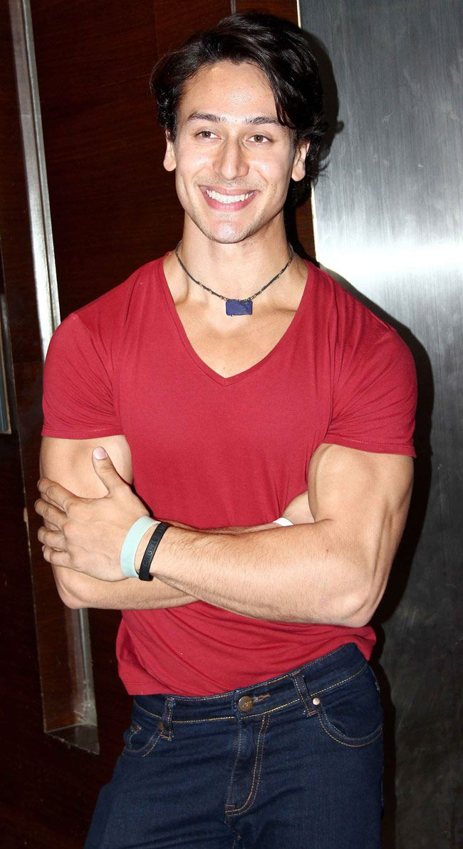 Tiger Shroff a hit among youngsters! #Style #Bollywood #Fashion #Handsome