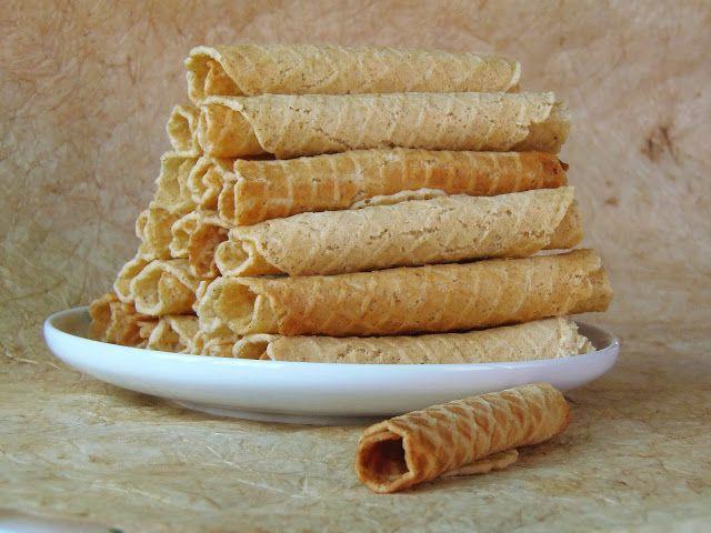 Mézeskalácsos ostyarudak + fagylalttölcsér