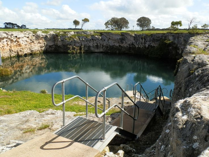 Little Blue Lake - part of the Ultimate Beginners Guide to the Limestone Coast, South Australia