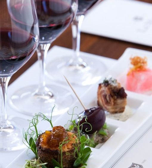 Shiraz and all its facets – tasting various origins and finding its successful food partners.