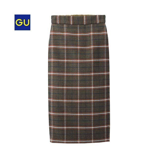 温もりのある起毛した素材を使用したミディスカートです。楽にはけるイージーウエスト仕様も魅力的。細身のシルエットなので、女性らしく見せてくれます。チェック柄は地味になりすぎず、コーディネートに取り入れやすいのでオススメ。(XS,XXLサイズは、オンラインストアのみでの販売となります。)