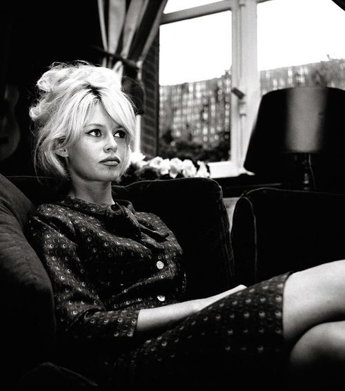 My god, this woman. Bridget Bardot. I am unaware of a hotter chick ever existing.