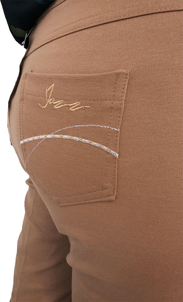 Pantalón bordado,muy elásticos, colores camel y negro. Tallas 44, 46, 48 y 50.
