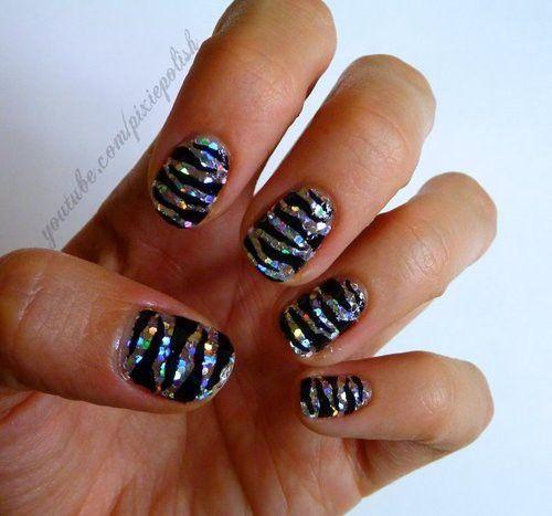 zebra marisamort: Hair Beautiful, Zebras Stripes, Bridal Nails, Nails Art Ideas, Nailart, Polish Nails, Hair Makeup, Zebras Nails, Sparkly Nails