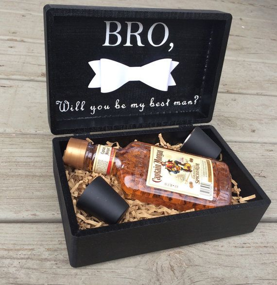 Choose your Best Man or Groomsmen in style with this custom gift box! These boxes make great thank you gifts for your bridal party and can