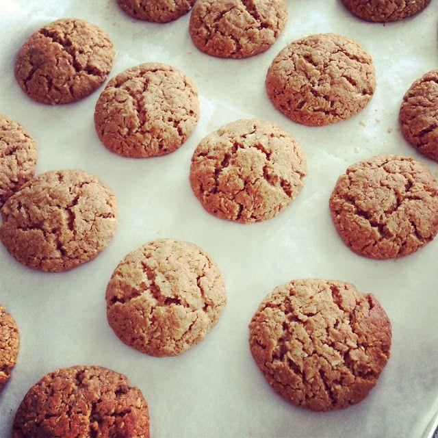 Nut Butter Cinnamon Cookies