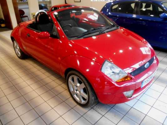 Used 2004 (04 reg) Red Ford Streetka 1.6i 2dr for sale on RAC Cars