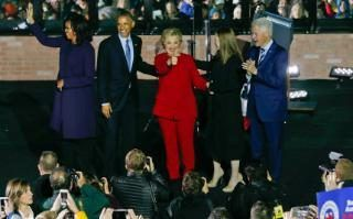 Comment: Democratic presidential candidate Hillary Clinton, center, her husband former President Bill Clinton and their daughter Chelsea Clinton, are joined on stage by President Barack Obama, first lady Michelle Obama during a rally at Independence Mall in Philadelphia