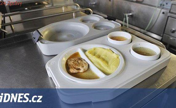 Děti z Libereckého kraje ve škole nehladoví, obědy jim platí nadace i kraj