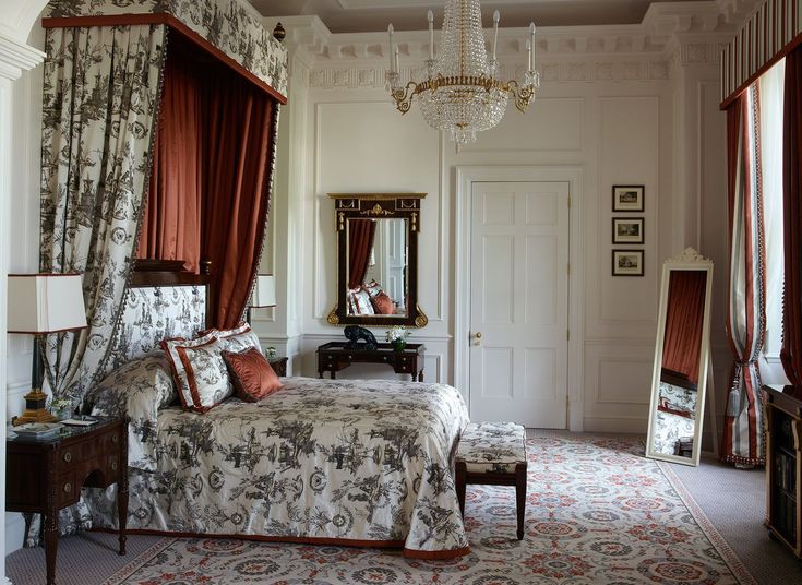 The Lanesborough London, United Kingdom Boutique Hotels Celebs Hotels London Luxury Travel Romance Trip Ideas Winter Bedroom home living room window treatment bed frame textile curtain four poster Suite house bed sheet flooring decor #luxurybedding