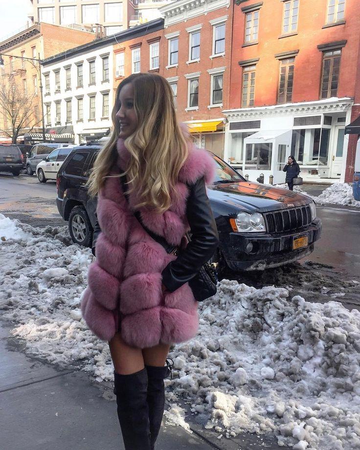 Turkish Fur Coat Loving Girl - Here in her IG more