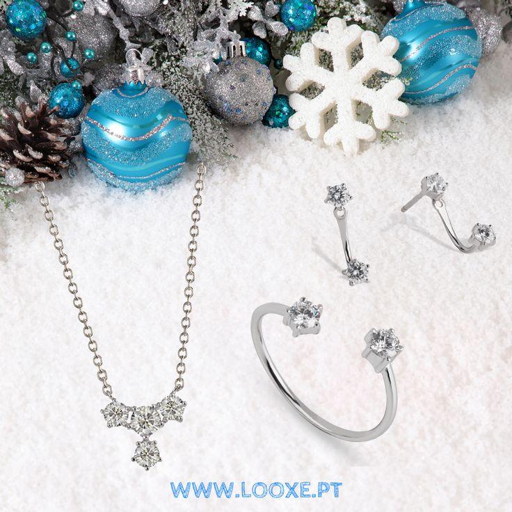 O Natal está a aproximar-se e a Looxe Jewelry sugere um conjunto em ouro branco com acabamento manual, que prima pelo estilo sublime. // La Navidad está llegando y Looxe Jewelry sugiere un conjunto en oro blanco con acabado manual, que se destaca por el estilo sublime.  COB5123B/ANL5123B/TRL5123B  #looxe #looxejewelry #jewelry #campanhadenatal #prendas #prendasdenatal #prendasparaela #coleçãodenatal #campanha #ouro #anel #colar #brincos #looxe #looxejewelry #jewelry #campañadenavidad…