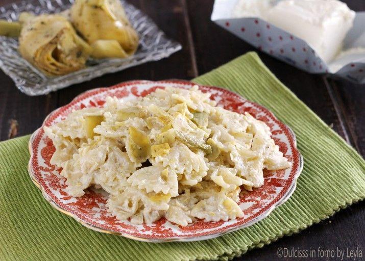 Pasta cremosa con carciofini e robiola