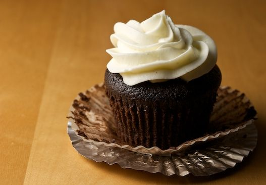 Chocolate Stout (Guiness) cupcakes w/ cream cheese frosting). Good to ...