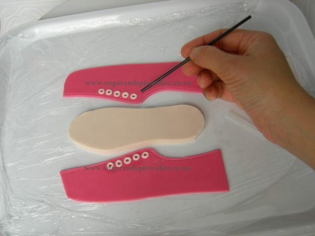 Cake Toppers #2: Vans Shoe Cake topper Tutorial - by MelSugarMama @ CakesDecor.com - cake decorating website