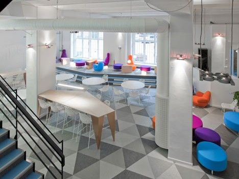 PSFK Consulting Team noticed that businesses are embracing a more communal approach to office design as a way to cater to the shift toward mobile work styles and to encourage greater workplace transparency. By removing walls and cubicles in favor of more open floor plans, businesses are hoping to stimulate productivity and innovation in a communicative environment where spontaneous interaction.