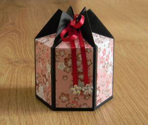 Boîte cadeau hexagonale : le tuto