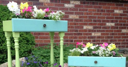 How To Turn Old Drawers Into Porch Planters
