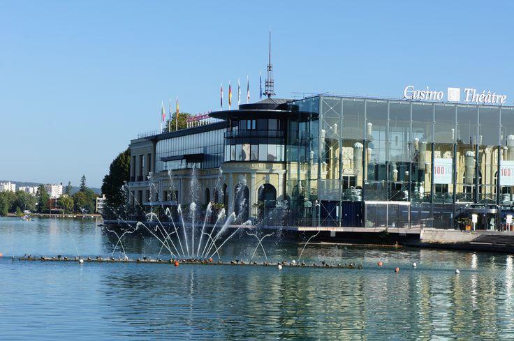 Le Casino d'Enghien, vu de la jetée