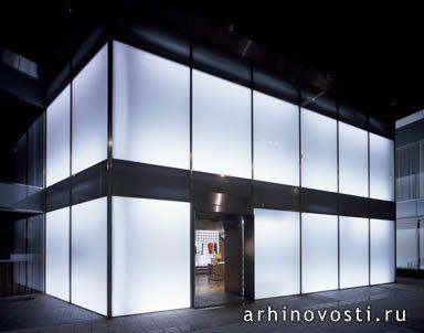 Два новых магазина модной и качественной одежды от дизайнеров Нью-Йоркской базы дизайнеров.
