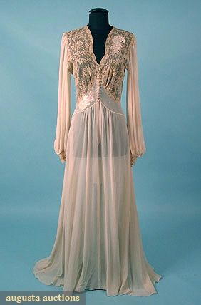 LACE & CHIFFON LINGERIE ROBE, c. 1945 Off white silk chiffon w/ ecru lingerie lace & ivory satin appliques, trained robe opens at top w/ 13 satin buttons,