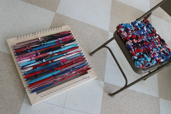 Tutorial and Loom for Potholder style Chair Pads