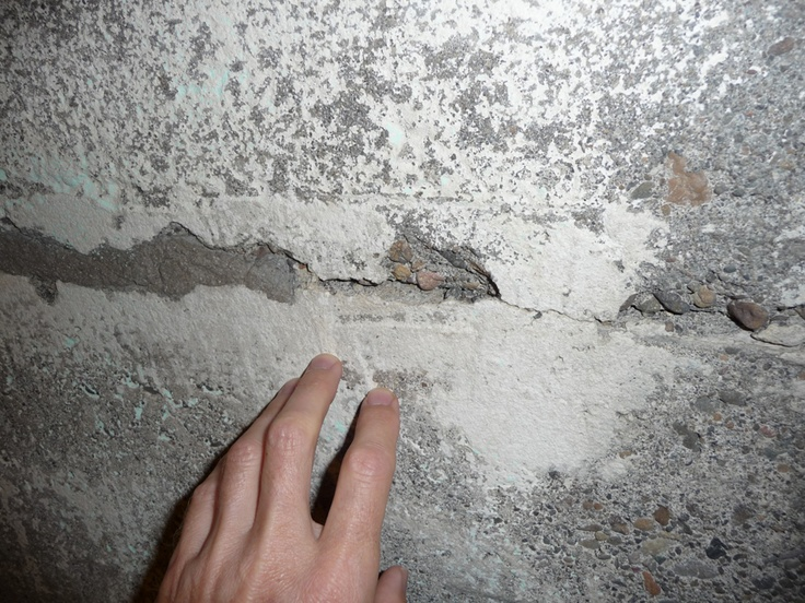 27 best foundation images on pinterest arquitetura for Poured concrete foundation cracks