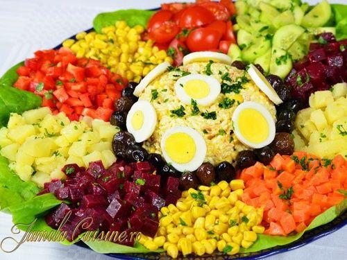 Salata marocana - http://www.gustos.ro/retete-culinare/salata-marocana-reteta-video.html