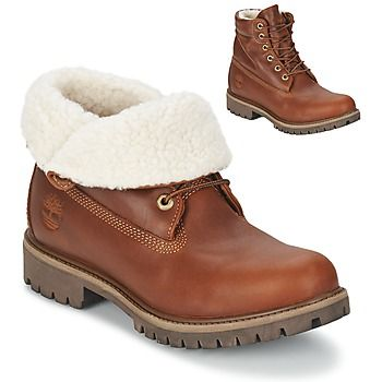 These roll top boots from #Timberland can be worn up or down, with a warm, furry lining! #lowboots #ankleboots #linedboots #autumn #winter #shoes